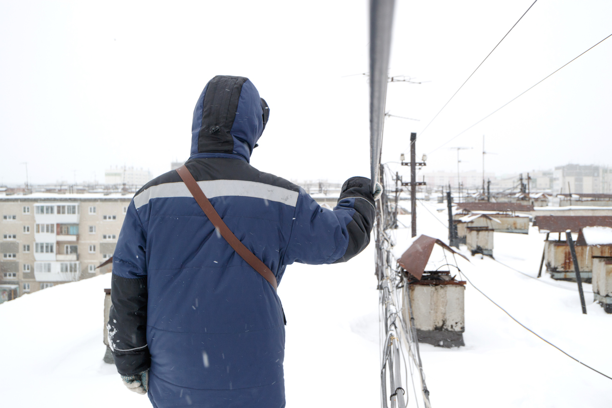 Can You Do Roof Repairs in Winter?