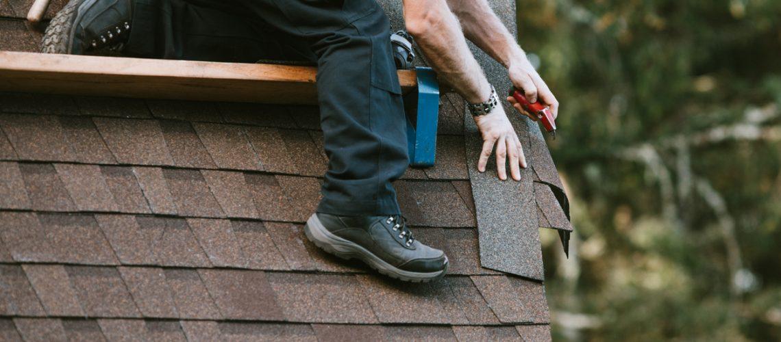 General Contractor Installing New Roof